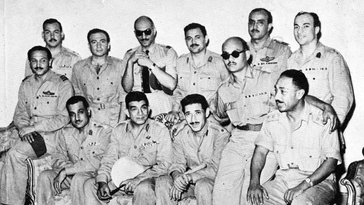 ثورة 23 يوليو 1952، مجلس قيادة الثورة، جمال عبد الناصر، محمد نجيب