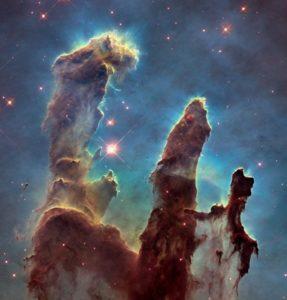 (أعمدة الخليقة Pillars of Creation)