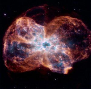 (السديم الكوكبي NGC 2440)