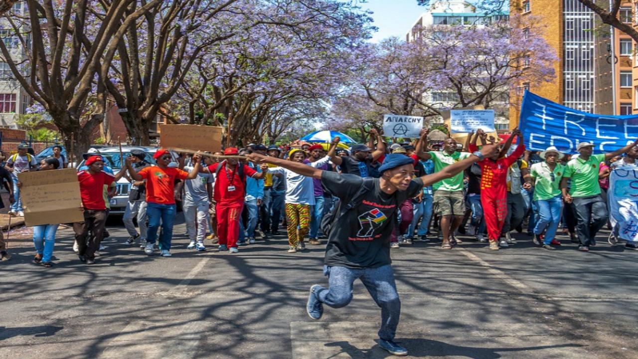 جنوب افريقيا، احتجاجات، الطلاب