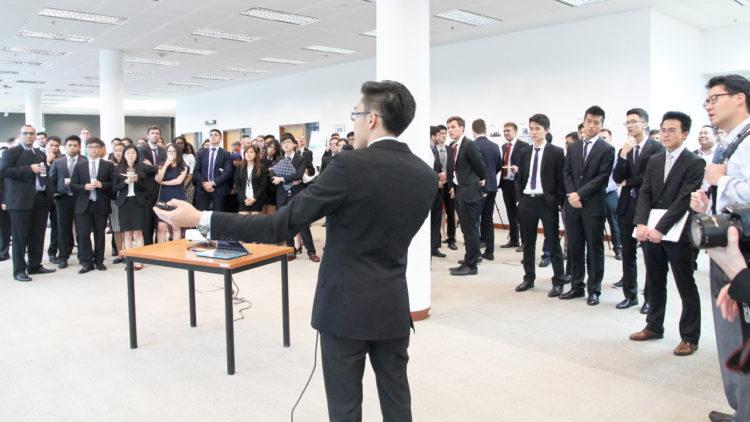 إعلان نتائج تحدي APEX Business-IT عام 2015، عمل