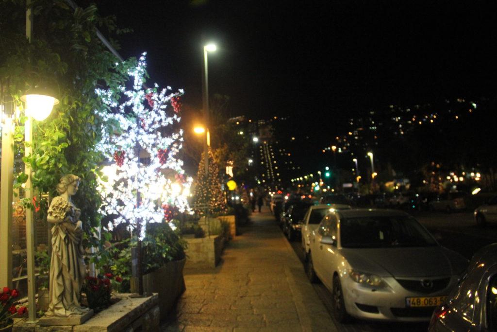 المستعمرة الألمانية في حيفا في ليلة رأس السنة الميلادية (1) 