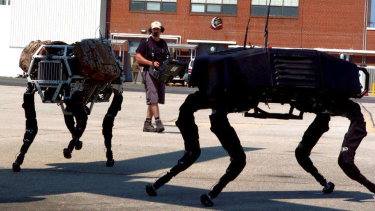 Big Dog، نموذج للروبوت المُعد لأغراض عسكرية (يونيو/حزيران 2006)