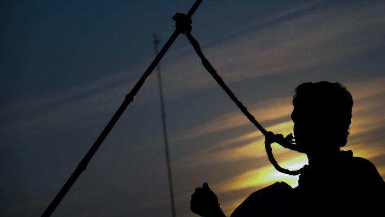 الحكم بالإعدام، قضاء، عدالة انتقالية