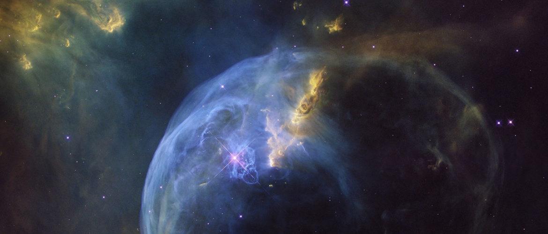 فلك، قياس المسافات بين النجوم، فيزياء