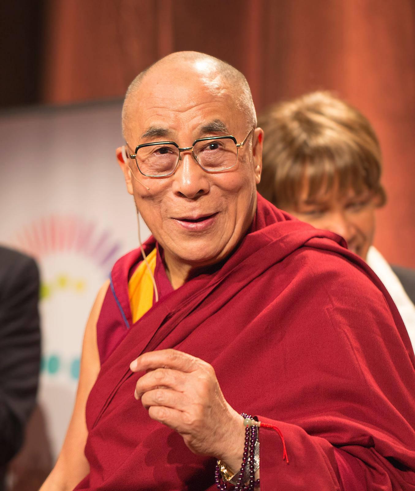 تينزن جياستو, البوذية, الديانة البوذية, دالاي لاما
