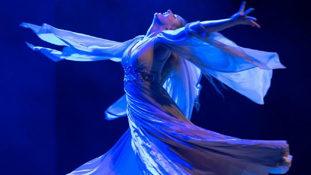 النسوية والتصوف: المرأة في التصور الصوفي Whirling_Dancer