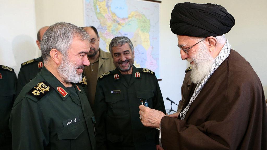 خامنئي، إيران، الحرس الثوري