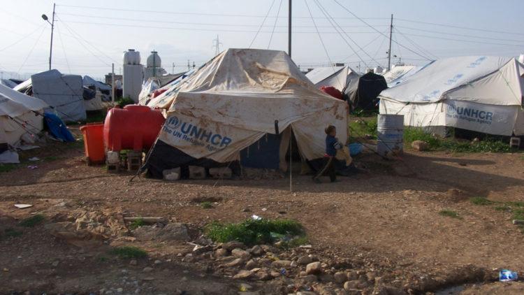 خيام اللاجئين السوريين في العراق