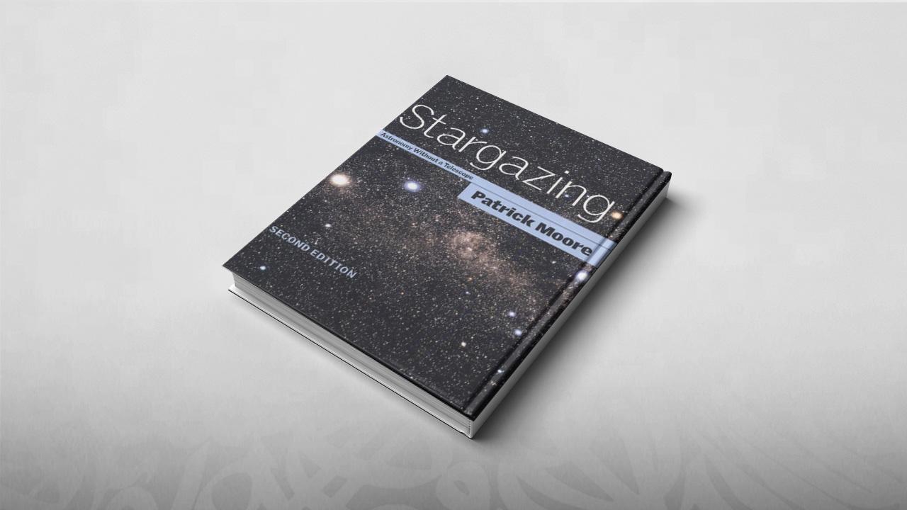 كتب فلك, باتريك مور, فلك, رصد فلكي, سماء, نجوم, مجرة