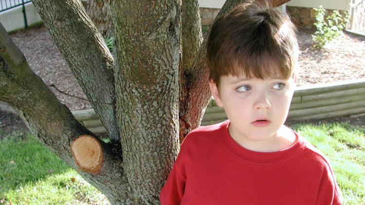التوحد, مرض التوحد, تربية, أطفال, التعامل مع أطفال التوحد