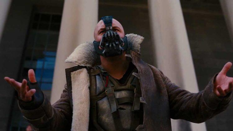 باتمان، توم هاردي، مستر بين، الشعبوية، الديمقراطية