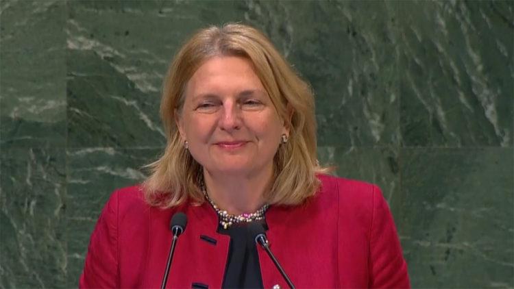 كارين كنايسل، النمسا، وزيرة الخارجية، لغة عربية