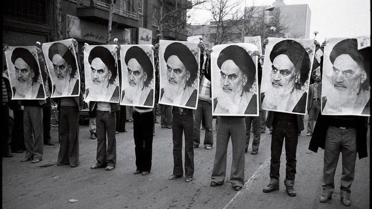 إيران، الخميني، الثورة الإيرانية