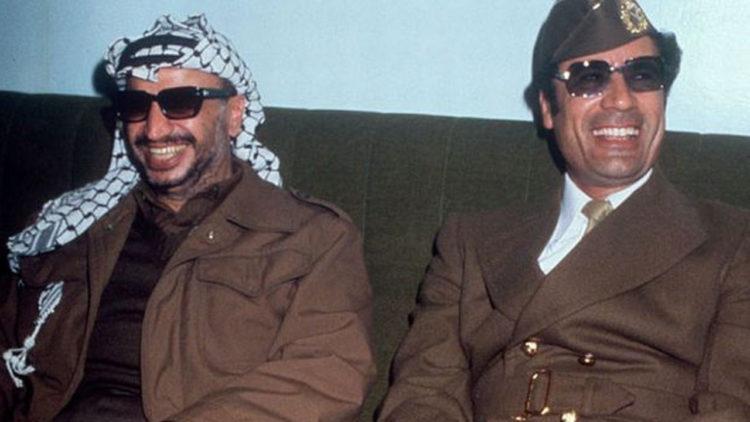 معمر القذافي، ياسر عرفات، ليبيا