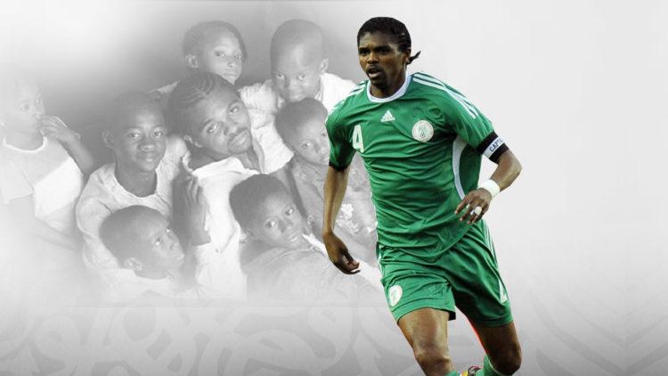 نوانكو كانو, نيجيريا, المنتخب النيجيري, كرة القدم