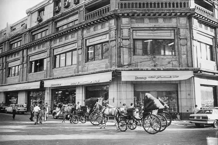 محلات هانو و شيكوريل و عمر افندي و صيدناوي في مصر خلال أربعينيات القرن الماضي