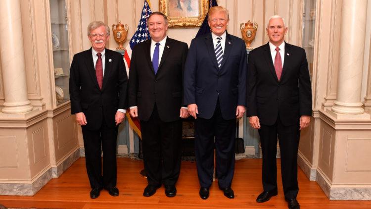 جون بولتون, مايك بومبيو, دونالد ترامب, الولايات المتحدة الأمريكية, اليمين المتطرف