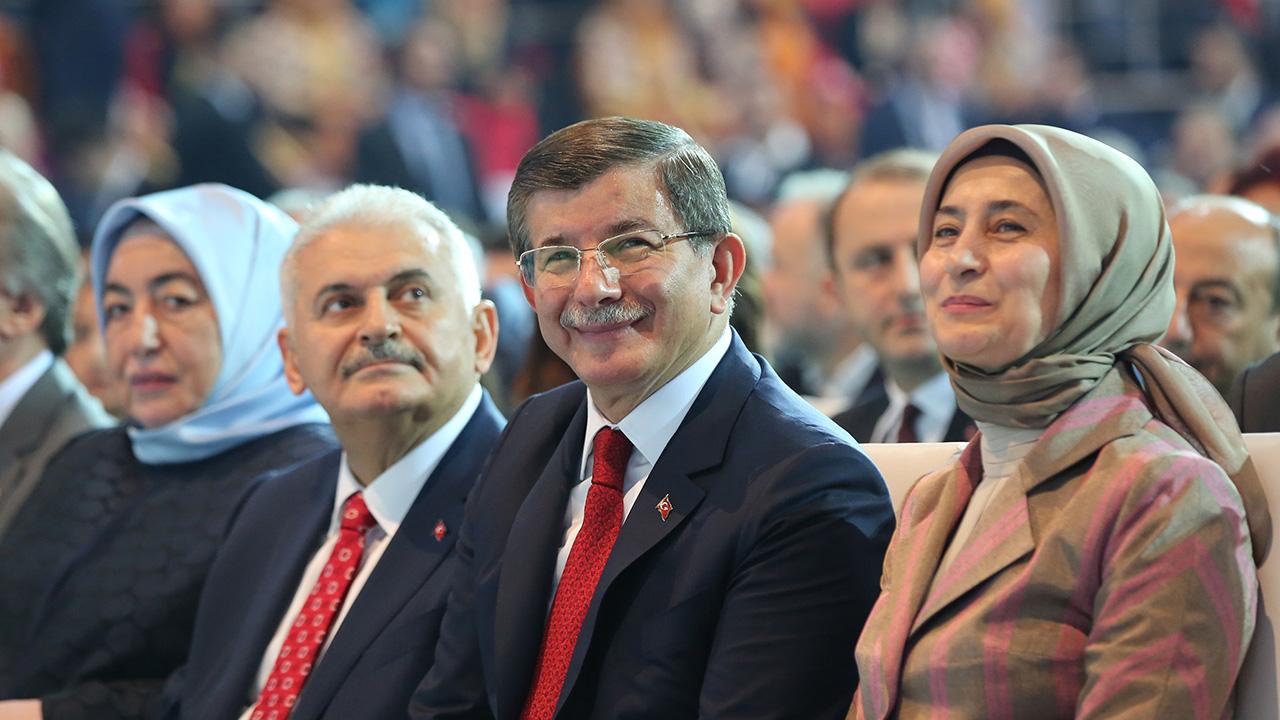أحمد داود أوغلو, تركيا, حزب العدالة والتنمية, تركيا
