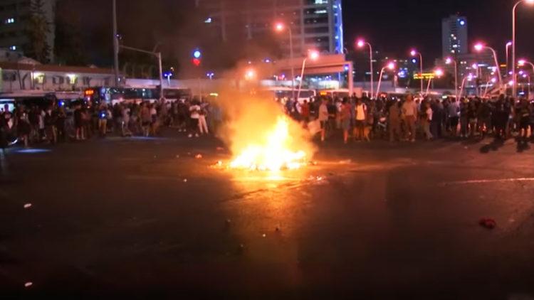 إسرائيل, فلاشا, مظاهرات إسرائيل, حرائق