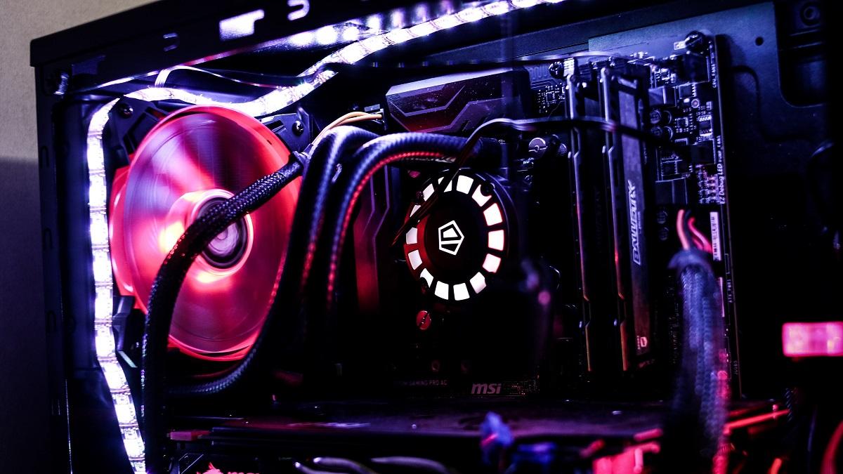 كيف تختار أفضل تجميعة كمبيوتر للألعاب؟ – إضاءات