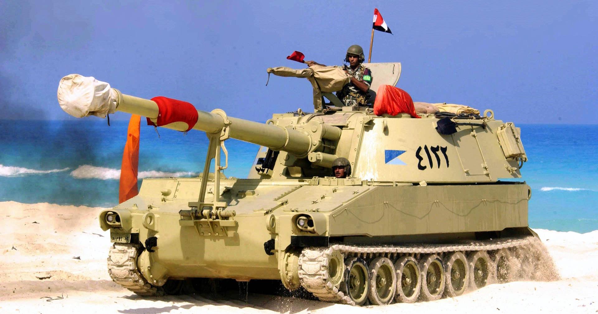 جندي مصري من مناورات النجم الساطع عام 2005