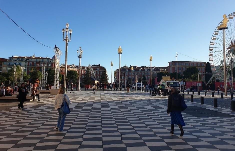 ساحة ميدان Massena