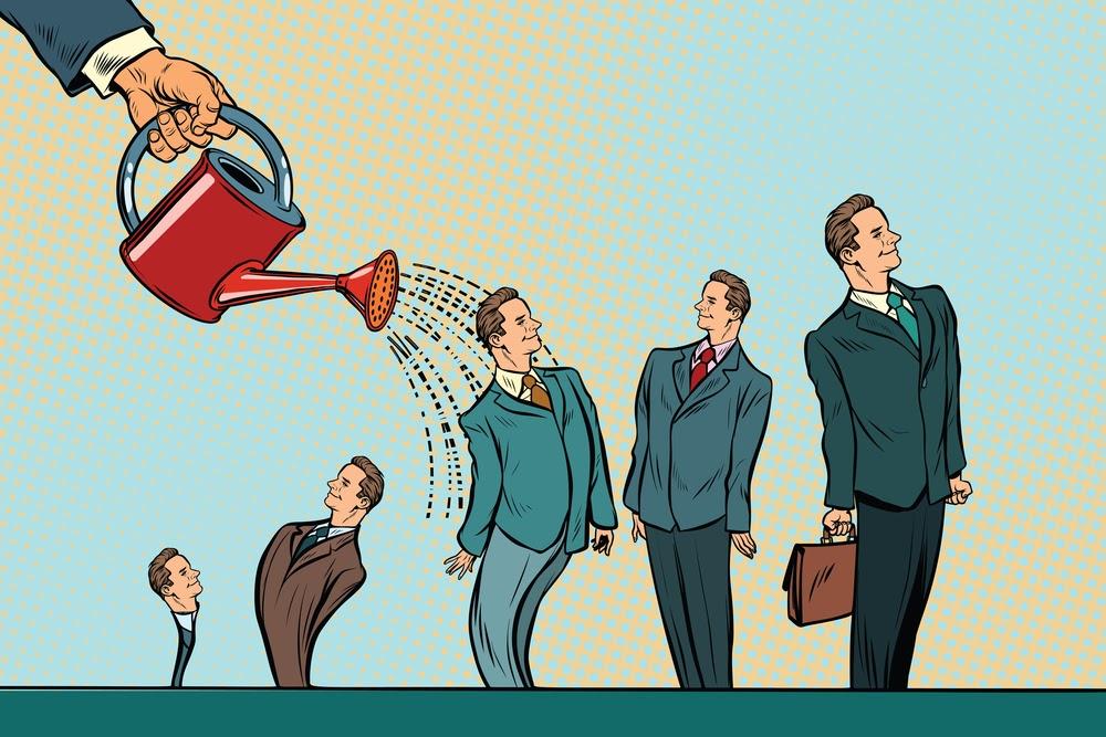 مراحل نمو رائد الأعمال داخل برنامج الحاضنة
