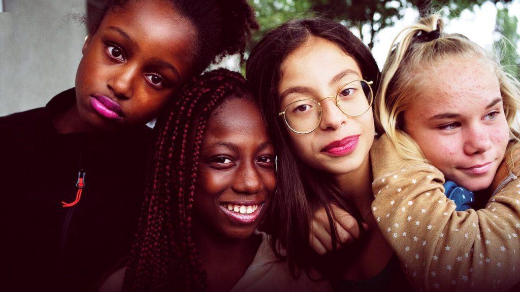 فتيات فيلم جميلات