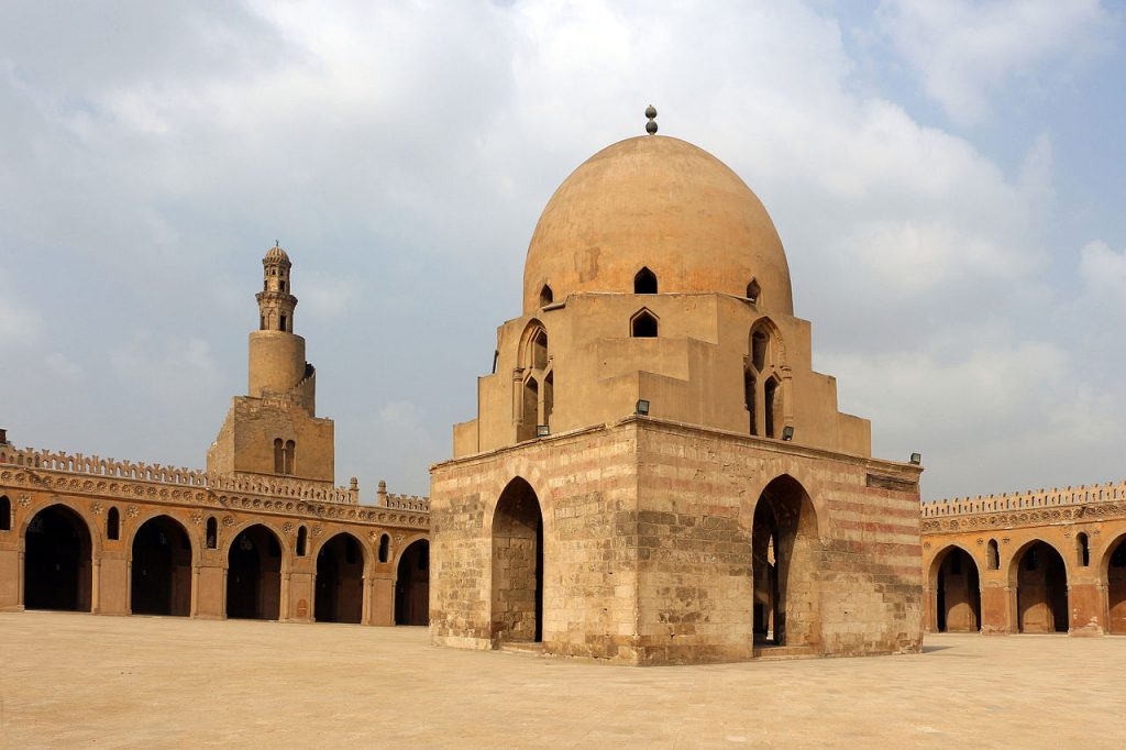 جامع أحمد ابن طولون القاهرة سامراء