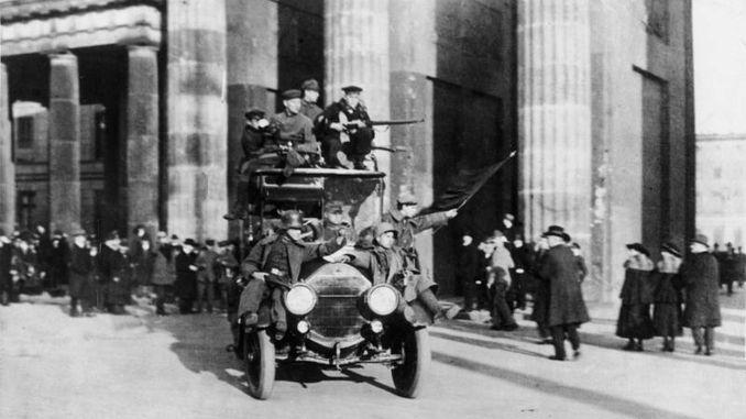 انتفاضة نوفمبر 1918