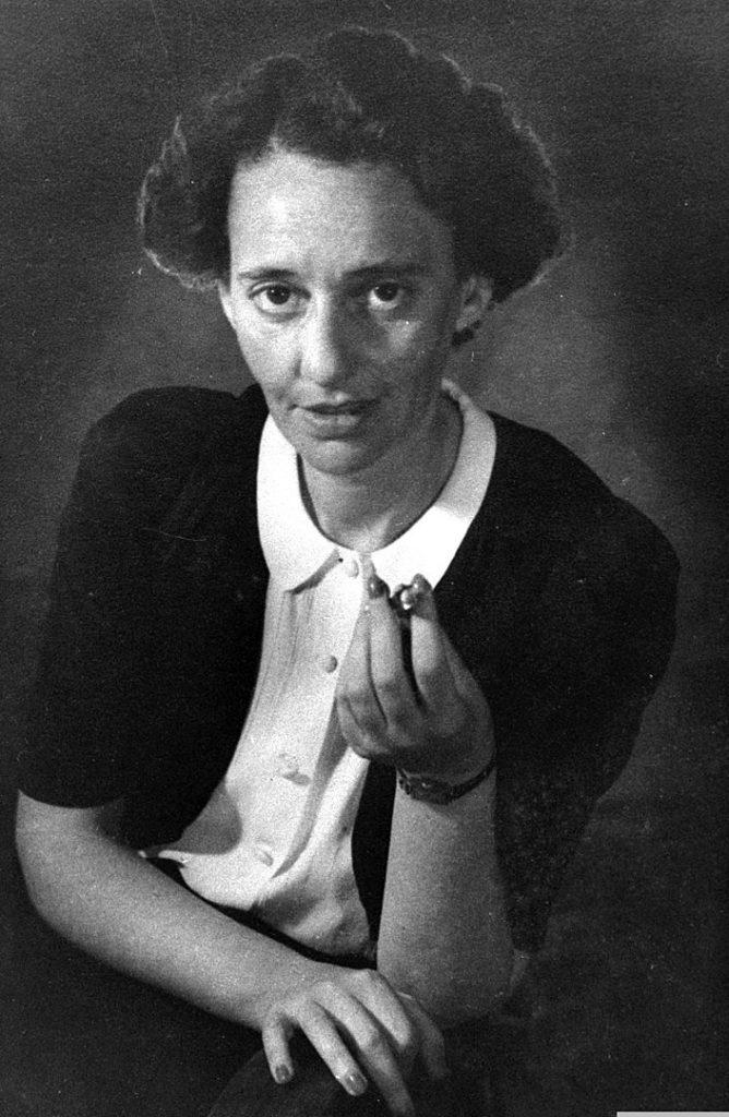 الشاعرة ليئا جولدبرج
